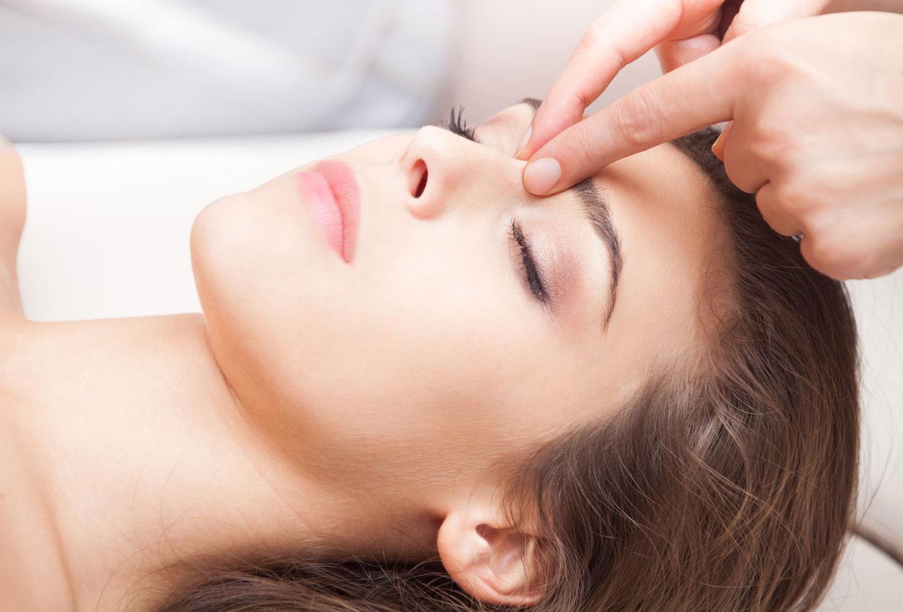 how to stop menstrual migraines